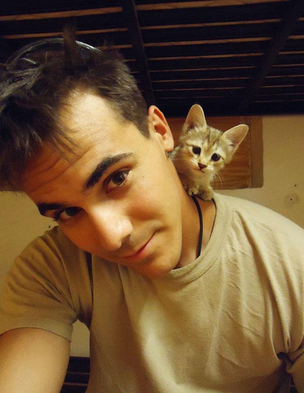 Soldados-e-animais-que-se-tornaram-melhore-amigos (1)