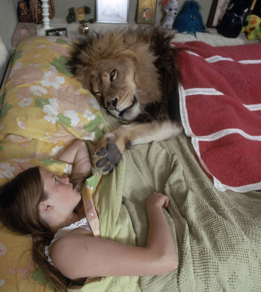 Esta família vivia com um Leão