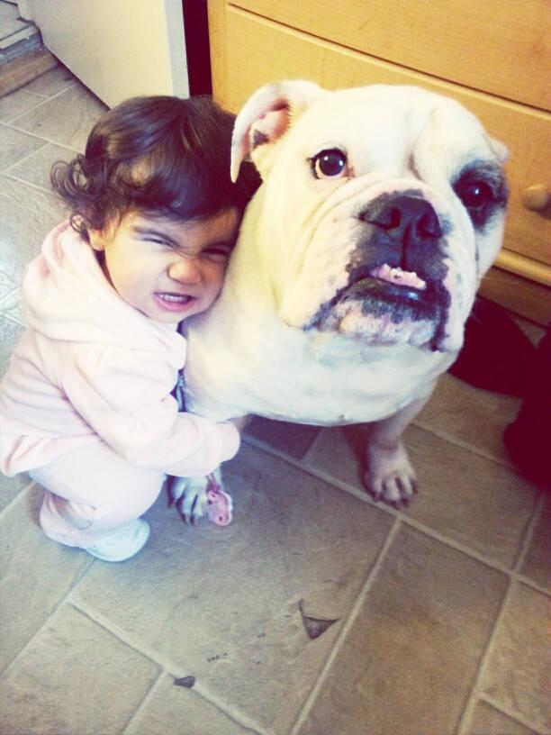 Crianças-que-aprenderam-cedo-que-os-cães-são-nossos-melhores-amigos-Blog-Animal (6)