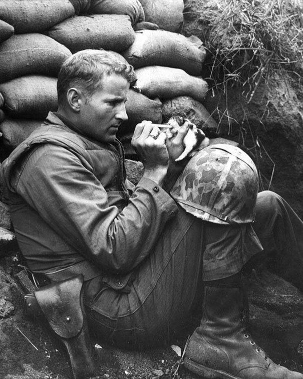 Soldados-e-animais-que-se-tornaram-melhore-amigos (2)